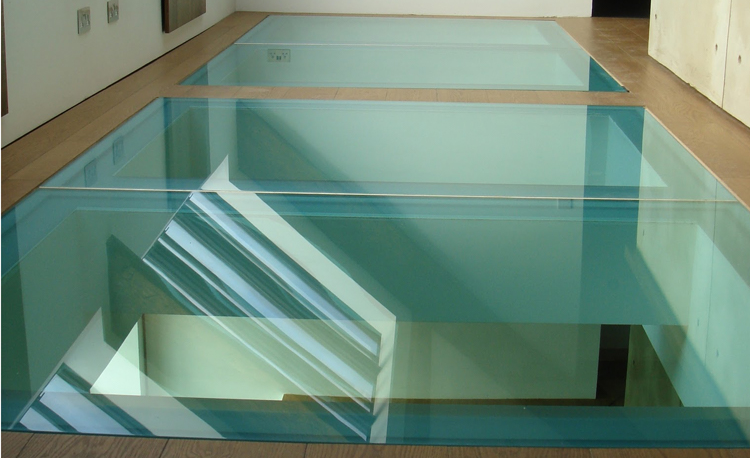 Plancher en verre et dalle de sol sur mesure for Prix dalles de sol en verre